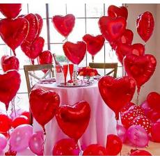 Оформление сердцами в ресторане