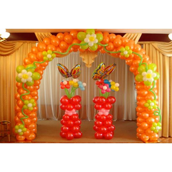 """Оформление шарами """"арка с цветами"""""""
