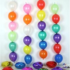 Вертикальные гирлянды из шаров