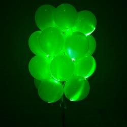Светящиеся шары зеленые